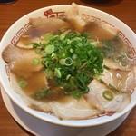 二両半 鶴橋本店 - チャーシューメン(醤油)d(^_、^o)¥850円
