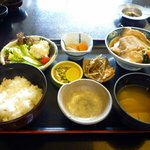 8252296 - 煮魚定食(1200円)