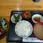 焼鳥 とまり木 - 唐揚げ定食500円