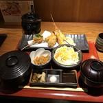 串亭 - 串揚げ御膳。       税込1000円。       美味し。