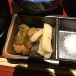 串亭 - 漬物。       美味し。