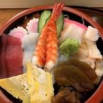 末廣寿司 - 料理写真:ちらし寿司(並)
