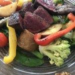 82531742 - 国産黒毛和牛赤身熟成肉と8種以上の有機野菜をココっと鍋でじっくり焼き上げる至高のランチセット