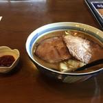 鈴乃屋 - 醤油焼豚ラーメンとラージャン味噌を