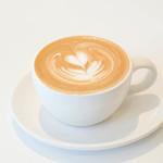 ブルーボトルコーヒー - カフェラテ 520円