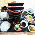 ともしげ - 釜あげうどん定食…1,430円