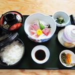 ともしげ - お造り定食…1,500円