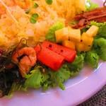 のんきぃ - アチャール(漬物)、きんぴらごぼう、切り昆布と油揚げ煮
