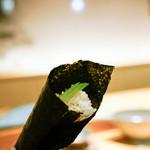 飛 - 料理写真:きゅうりと沢庵巻き