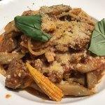 82551211 - クアルトコースのメイン                       豚肉と茸のポロネーゼスパゲティ