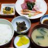 味福 - 料理写真:刺身盛り合わせ定食:680円/2018年3月