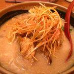竹田 - 北海道味噌 肉ネギラーメン。一見チャーシューに見えるのは、ジャガイモです…