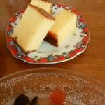 喫茶 フォレスト - 福砂屋のカステラ〈サービス〉