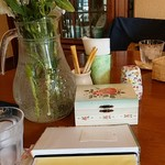 喫茶 フォレスト - テーブルの上
