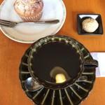 モカモカ - 料理写真:コーヒーとマフィン
