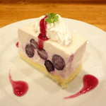 Kohga - 料理写真:ブルーベリーアイスチーズケーキ (グルテンフリー)