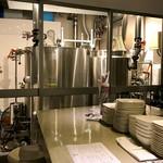 マルカ - 店内から見える醸造設備