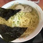 たかちゃん食堂 - 料理写真:塩ラーメン(550円)