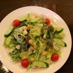 カフェ・ド・ちゃぁみぃ - 料理写真:定番のシーザーサラダ