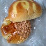 ベーカーズガーデン - 栗餡パンとクリームパン