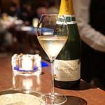 ブルーノート東京 - Champagne Hubert Paulet Premier Cru Cuvee Tradition