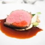 FURUYA augastronome - バザス牛のサーロインステーキ シェリー・ヴィネガー・ソース レフォールのアクセント