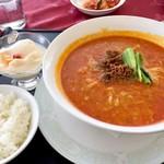 ザ・インペリアルカントリークラブ - 料理写真:陳健一の担々麺1500円