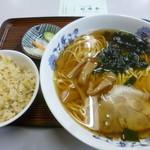 Chuukasobatamiya - '18/03/17 半チャンラーメン(税込750円)