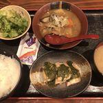 82590768 - 鶏の塩焼き&牛すじ辛味噌