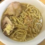 ラーメン二郎 - 料理写真:ラーメン 750円 麺半分・全部ちょっとで