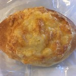 小麦と酵母 満 - チーズ