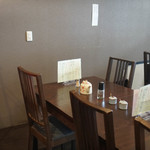 とんかつ瓢 - テーブル席