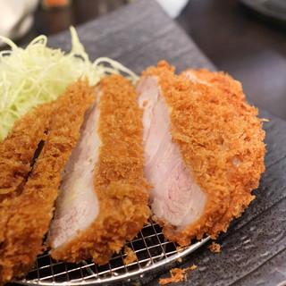 とんかつ瓢 - 料理写真:特選リブロースかつ定食