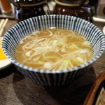節骨麺 たいぞう - 炒飯につくスープ