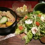 月陽 KARASUMA - メイン料理は3種の中から選択(鶏肉と筍のマスタード煮込み)