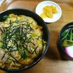尾張屋 - 親子丼820円