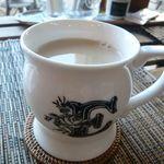 神谷カフェ - スパイスミルクティ(¥400)