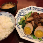 82610093 - ふーみん(豚肉の梅干煮定食)