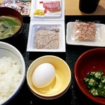 なか卯 - 朝まぜごはん納豆定食:330円
