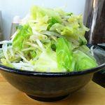 タンメンしゃきしゃき - タンメン(大盛)800円、野菜大盛(無料)、ライス(11:00-15:00無料)