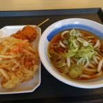 どんどん庵 - 料理写真:うどん小(220円)かき揚げ(100円)、串カツ(120円)