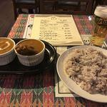 カンティプール - ハーフ&ハーフカレーセット(900円)カレーはチキンとキーマ