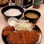 松のや - 料理写真:ロースかつ & 牡蠣フライ定食
