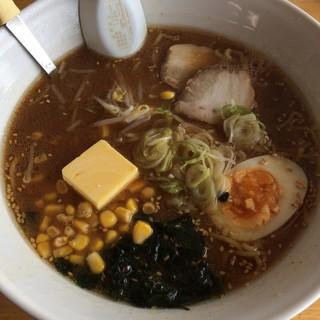 北豊ラーメン - 料理写真:味噌コーンバター