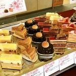 東京よみうりカントリークラブ - 料理写真:パティスリー・ドゥ・シェフ・フジウ
