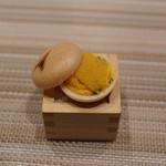 SUGALABO - 生カラスミと卵黄マヨネーズの最中