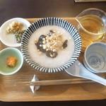 奥泉 - はと麦と白黒木耳のお粥(小) 2018.3月