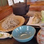 田中屋 - 料理写真:舞茸天田舎蕎麦