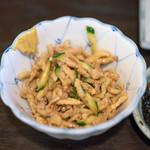 鳥増 - 料理写真:2018.3 鳥皮のからし和え(350円)