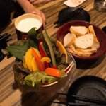 82636515 - チーズフォンデュ                       (野菜、バケット、チーズ食べ放題)